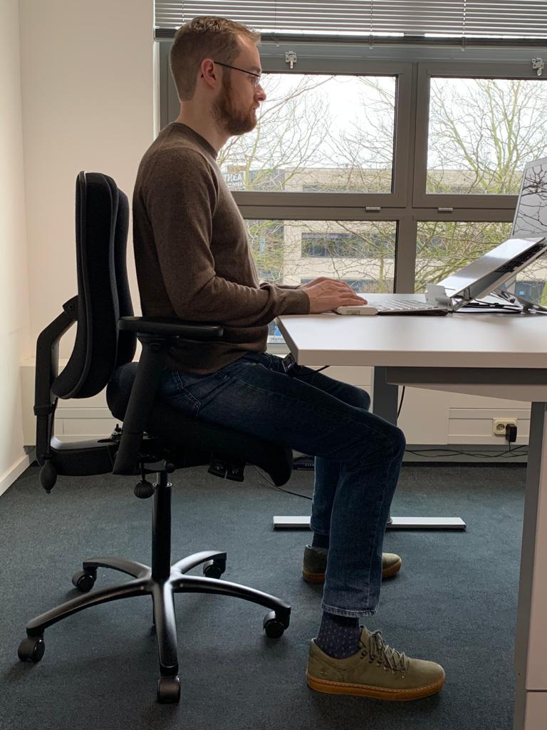 Berrevoets, zitoplossingen actief-dynamisch-zitten-hoganas-stoelen-op-maat