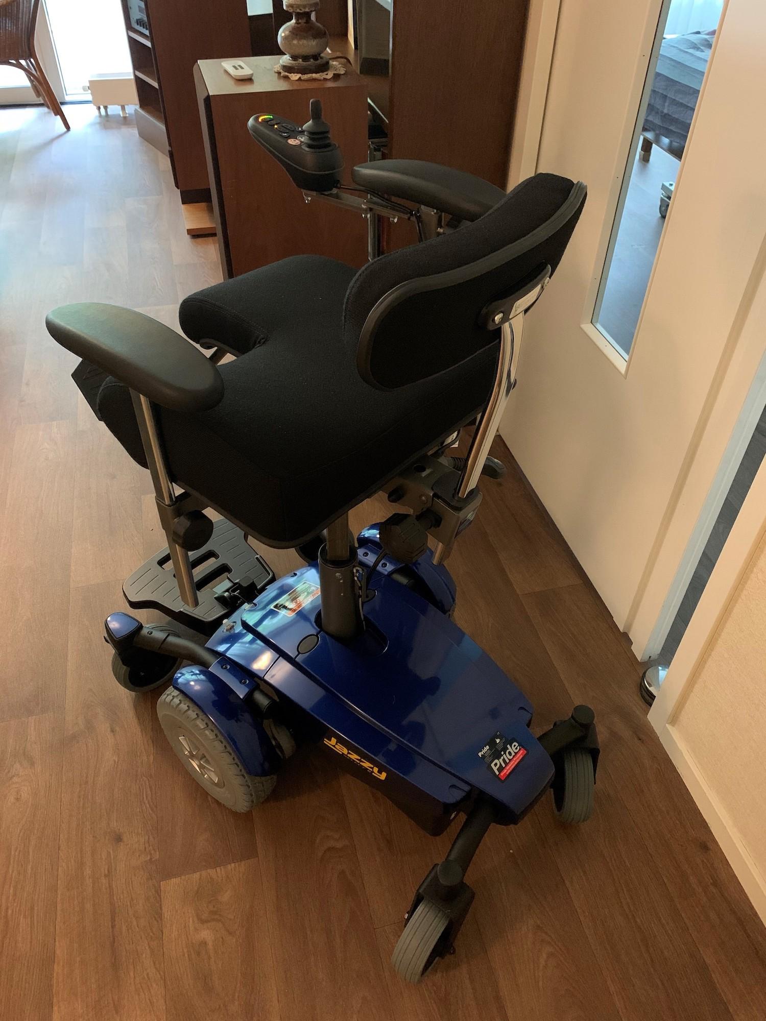 Maatwerk elektrische verrijdbare binnenrolstoel binnenwagen